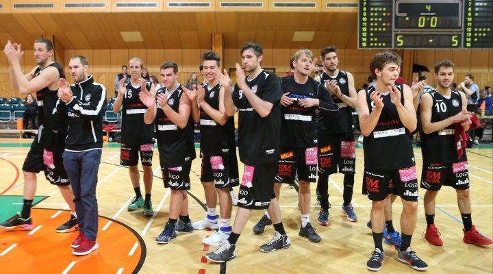 04.12.2016 Basketball 2.Bundesliga 2016/17, Grunddurchgang 9.Runde Basket 2000 vs. Mattersburg Rocks   Im Bild (v.l.n.r.):    Copyright Pictorial / M.Filippovits  office@pictorial.at www.pictorial.at