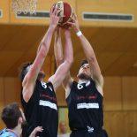 04.12.2016 Basketball 2.Bundesliga 2016/17, Grunddurchgang 9.Runde Basket 2000 vs. Mattersburg Rocks   Im Bild (v.l.n.r.): Wolfgang Träger (8), Krisztian Bakk (6)   Copyright Pictorial / M.Filippovits  office@pictorial.at www.pictorial.at