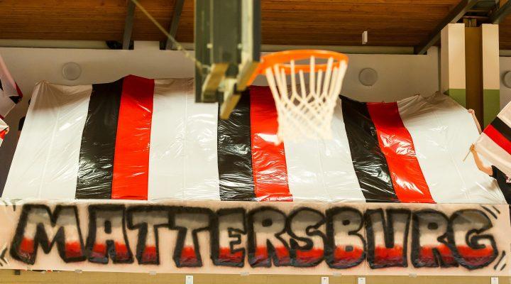 09.04.2017 Basketball 2.Bundesliga Playoff VF Spiel 1 Mattersburg Rocks vs. Vienna D.C. Timberwolves Im Bild: Mattersburg Choreografie   Copyright: Pictorial / M.Proell  office@pictorial.at www.pictorial.at